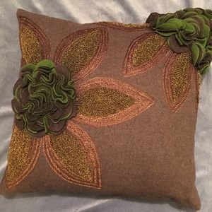 Floral Accent Pillow Sham